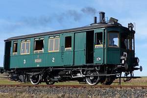 Parní motorový vůz M124.001 - Komarek.