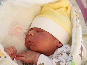Mamince Lucii Pačajové z Jiříkova se ve čtvrtek 22. listopadu narodil syn Leon Pačaj. Měřil 48 cm a vážil 3,5 kg.