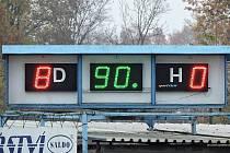 SKÓRE 8:0 svítilo na tabuli po zápase na lounském hřišti. Rumburk tam zcela vyhořel.