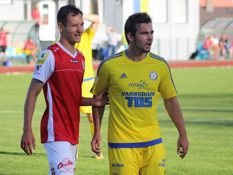 Stanislav Klobása (ve žlutém) v dresu Varnsdorfu.