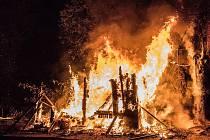 Požár chatky ve Varnsdorfu.