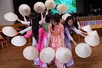 Vietnamská komunita v Rumburku slavila již 14. dětský den.