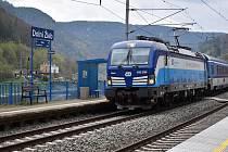Vlaky v Dolním Žlebu. Ilustrační foto.