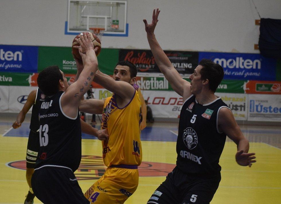 Čtvrté derby v sezoně. Basketbalisté Ústí nad Labem doma přivítali rivala z Děčína.
