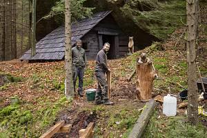 Uhlířův domek z Pyšné princezny stojí v Českém Švýcarsku.