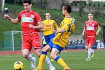 Fotbalisté Ústí proti Varnsdorfu.
