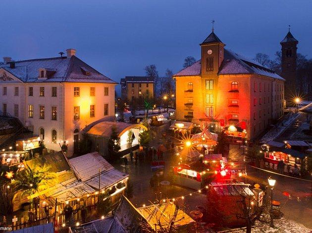 Na vánoční trhy mohou lidé vyrazit i na pevnost Königstein.