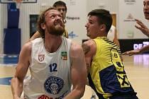 ZVLÁDLI TO. Děčínští basketbalisté i podruhé porazili rakouský Graz.