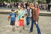 Výročí konce druhé světové války a osvobození Československa si připomněli u pomníku na Folknářích.