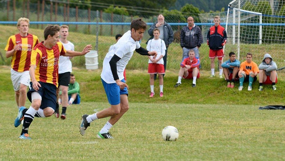 VELKOŠENOVSKÁ VAŘEČKA 2014 - turnaj ve fotbale.