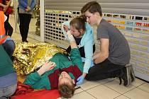 Soutěž deváťáků v první pomoci.
