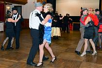 V Dolní Poustevně si užili taneční v prvorepublikovém stylu.