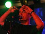 Tony Ducháček se skupinou Garage vystoupí v Jetřichovicích na festivalu Cesta z města.