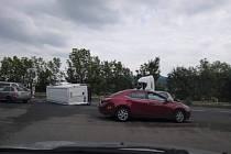 Hromadná nehoda uzavřela silnici z Děčína na Ústí.