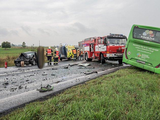 Dopravní nehoda u průmyslové zóny v Rumburku.