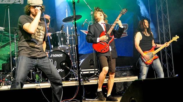 Festival revivalových rockových kapel v Království u Šluknova.