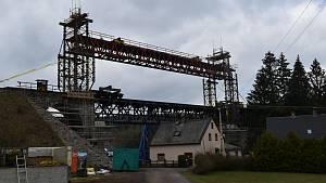Ve Vilémově vyměňují konstrukci viaduktu.