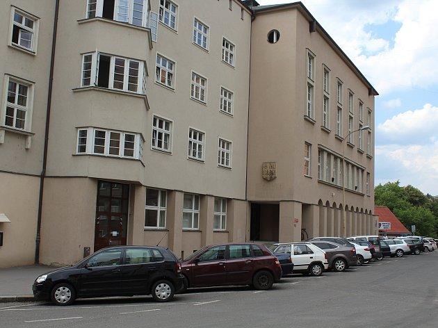 Bývala knihovna v Děčíně.