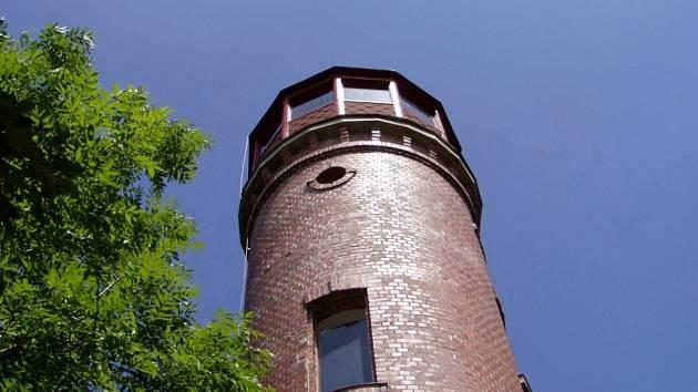 Dymník - Augustova věž.