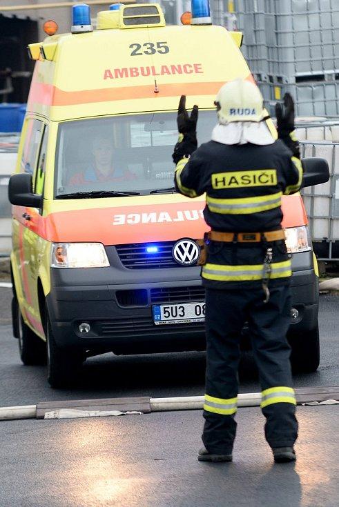Hoří, hlásil zaměstnanec firmy. Šlo ale o cvičení.