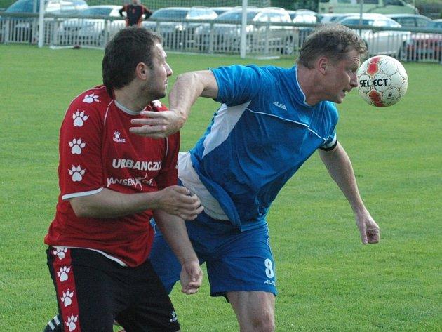 DALŠÍ BODY. Jílové (v modrém) doma porazilo 1:0 Soběchleby.