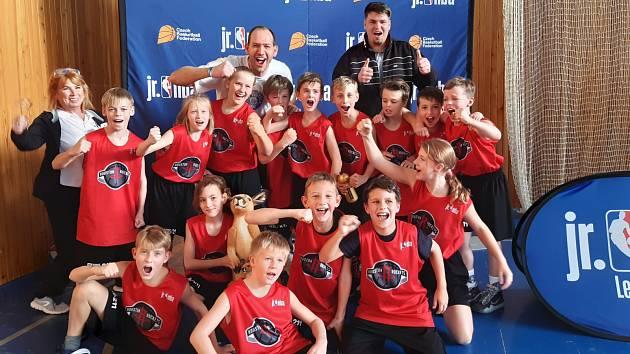 """FINÁLE. Basketbalový tým z děčínského """"Vrchličáku"""" se dostal do finále JrNBA League."""