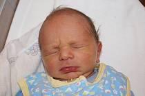 Gabriele Skukálkové z Mikulášovic se 12. října v 8.10 v rumburské porodnici narodil syn Mireček Skukálek. Měřil 50 cm a  vážil 2,82 kg.