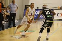 Děčín na Nymburk v basketbalové lize nestačil.