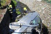 V Děčíně - Boleticích zemřela při dopravní nehodě žena.