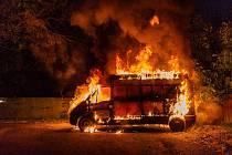 Požár dodávky.