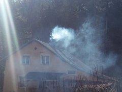 Požár komína na Červeném vrchu v Děčíně.