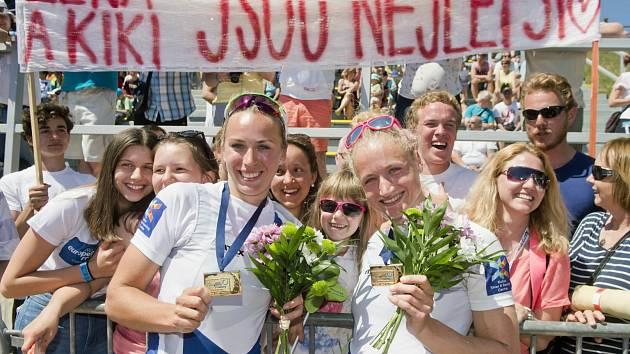 LENKA ANTOŠOVÁ (vpravo) získala s Kristýnou Fleissnerovou evropský titul!