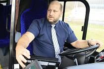 Zelené autobusy na Děčínsku řídil i radní Jaroslav Komínek.