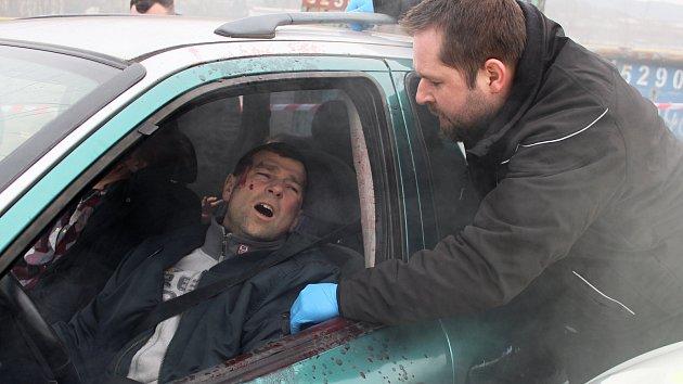 Dobrovolníci nacvičovali zásah u dopravní nehody