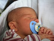 Matyáš Fisik se narodil Lucii Fisikové z Dobkovic 18. dubna ve 12.52 v děčínské porodnici. Měřil 49 cm a vážil 3,22 kg.