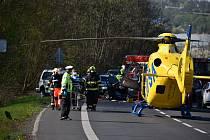 Vážná dopravní nehoda u Malšovic uzavřela silnici z Děčína na Ústí
