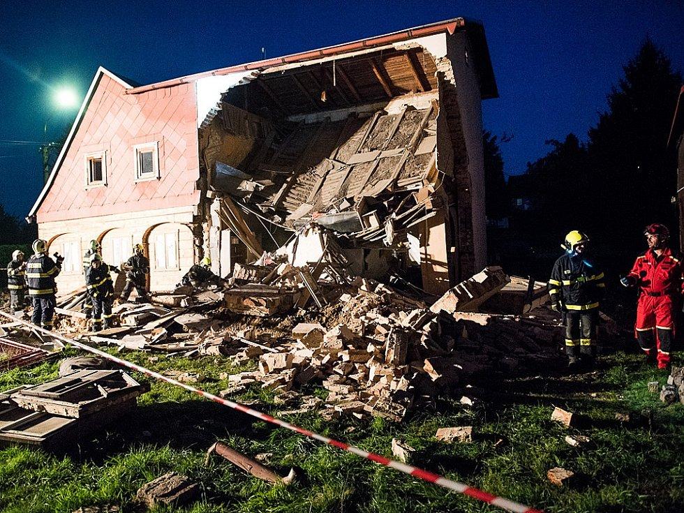 Zřícený dům v Rumburku.