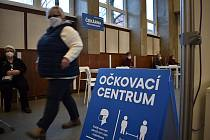 Očkovací centrum v budově ČVUT.