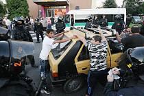 Také při sobotním, neohlášeném pochodu  Varnsdorfem musela zasahovat policie.