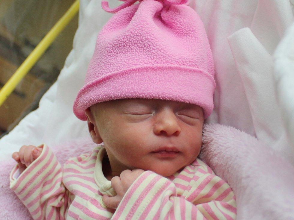 Mia Kremličková se narodila Monice Kremličkové z Mikulášovic 4. října. Měřila 43 cm a vážila 2,15 kg.