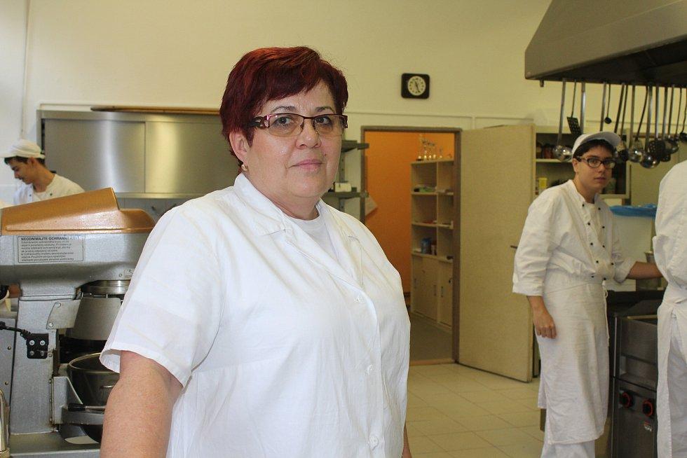 Hana Kalivodová, učitelka odborného výcviku gastronomických oborů.