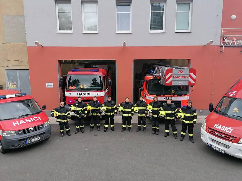 Uctění památky hasičů v Jílovém.