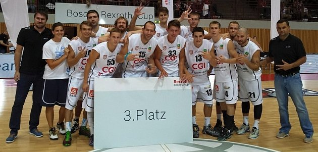 VÁLEČNÍCI vNěmecku vybojovali třetí místo.