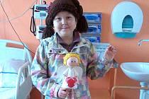 Osmiletá Dorotka je bojovnice. Kvůli těžké nemoci musí nyní hodně času trávit v nemocnici.