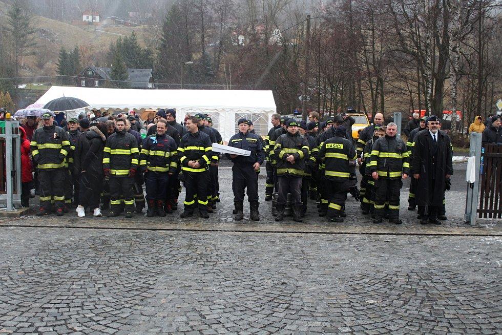 Kytlice mají novou hasičskou zbrojnici, vypadá jako chalupa
