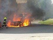 Požár auta v Jílovém.