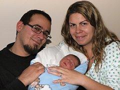 Jiřině Kusíkové z Varnsdorfu se 24. října v 6.25 v rumburské porodnici narodil syn Jiří Font. Měřil 51 cm a vážil 3,66 kg.