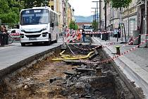 Ulice Prokopa Holého je znovu rozkopaná.