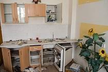 Žena nechala byt v dezolátním stavu.