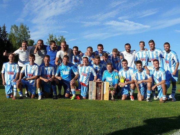 VÍTĚZSTVÍ. Fotbalisté Varnsdorfu vyhráli turnaji v Počátkách.